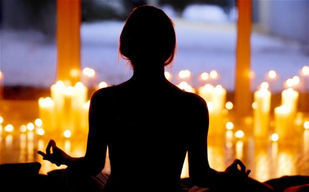 Candlelight Flow w/ Rachel Hicks   Red Skies Yoga Jacksonville